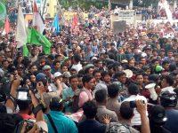 Ini Baru Mahasiswa, Ratusan Massa Demo Perjuangkan Harga Kopra