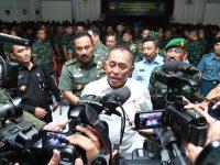 """""""Yang Lain Bisa Berubah Pindah Haluan. Tapi TNI Tidak!! """" Menhan RI Dihadapan Prajurit Kodam IV/Diponegoro"""