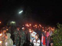 Takbiran keliling Batalion Armed 3/105 Tarik