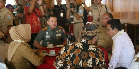 Danrem 071/Wijayakusuma, Sambut dan Dampingi Menteri Desa PDTT Di Purbalingga