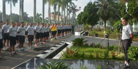 Hambat penyebaran Covid-19, Danrem 071/Wijayakusuma Berikan Jam Komandan Pada Prajurit dan PNS Makorem 071/Wk.