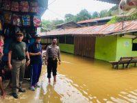 Semalaman Di Guyur Hujan, rumah Warga Ambalau Di Genangi Air