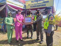 Persit KCK Dan Bhayangkari Kota Banyumas Berbagi Kasih Kepada Petugas dan Relawan Pospam Lebaran