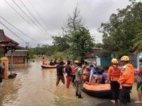 Bencana Tanah Longsor Mengakibatkan Sebanyak 15 Rumah Warga Tasikmalaya